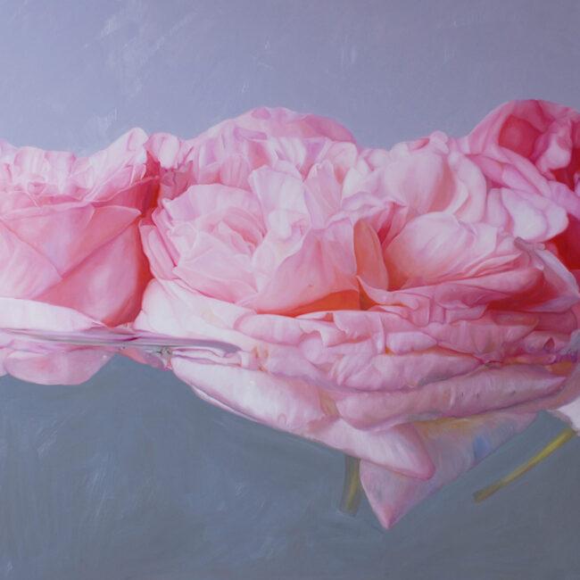 Die Rose steht für Verschwiegenheit. Nur Eingeweihte wissen von eurer Geschichte.